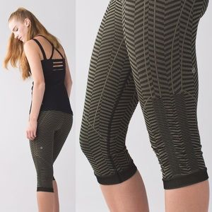 "🎉1 day flash sale! Lululemon ""In the flow"""